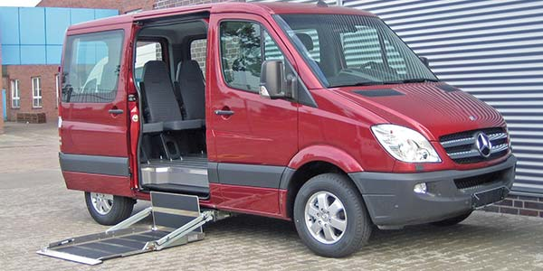 Kassettenlift K90 im Mercedes Benz Sprinter.